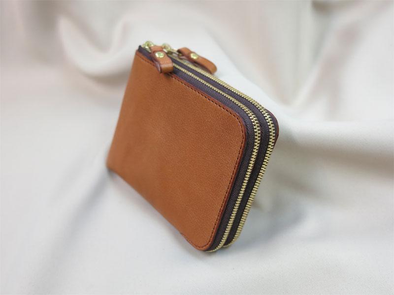 オーダーメイドのWファスナー財布