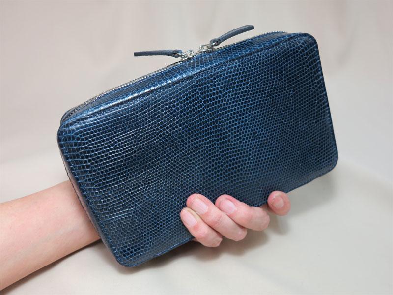 リザード革のクラッチバッグ