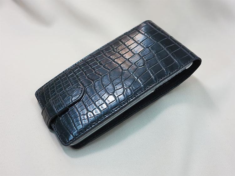 クロコダイル革のiPhoneケース