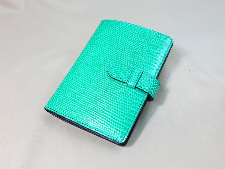 リザードのカードケース