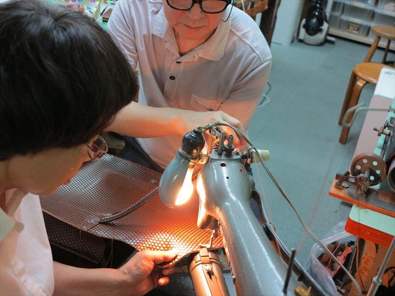 革製品、オーダー品の製作現場