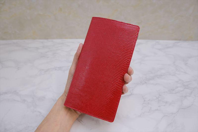 レッドカラーの輝くリザード革システム手帳、バイブルサイズナロー版
